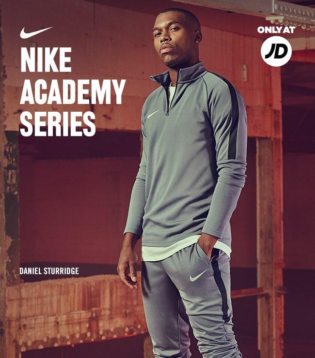 WNike Academy Series