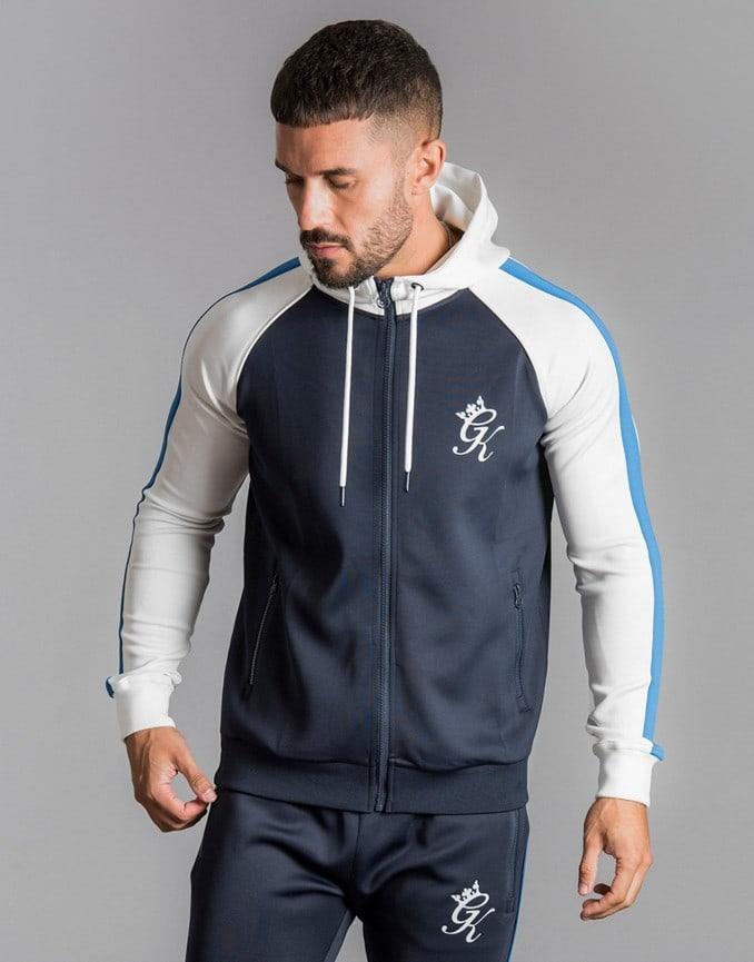 Hombre con chaqueta de chándal de Gym King