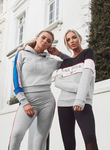 Pink Soda Sport outfit sudadera Panel Crop stand