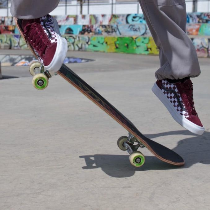 f1fbdf0078b Vans skate hombre  art twister audiovisuales