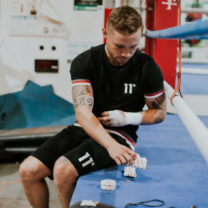 El boxeador Carl Frampton con ropa de 11 Degrees