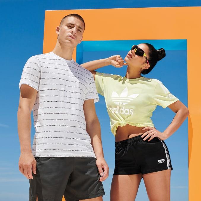 Camiseta The North Face para hombre y adidas Originals para mujer
