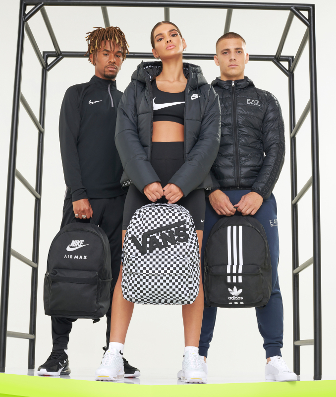 Back To School outfits Nike, Vans y adidas para clase