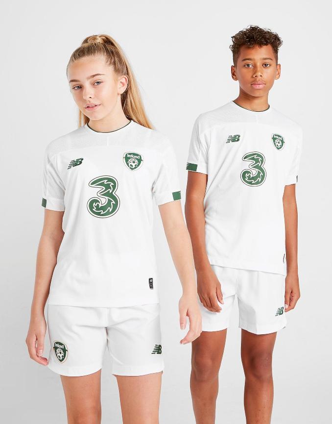 Segunda equipación de República de Irlanda para niños de la temporada 2020