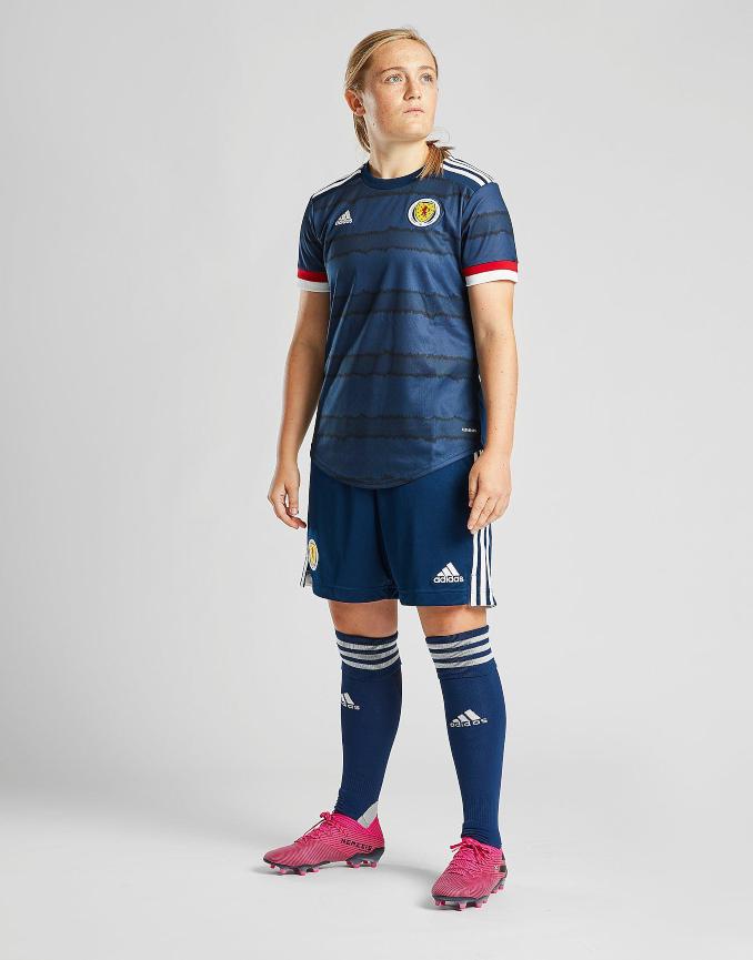 Primera equipación de mujer para la selección de Escocia 2020