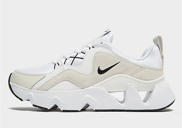 Nike RYZ 365 en blanco y crema