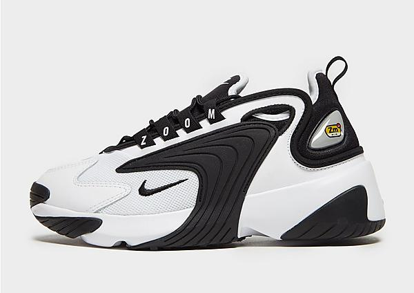 Nike Zoom 2K negras y blancas