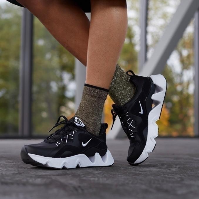Nike RYZ 365 on feet