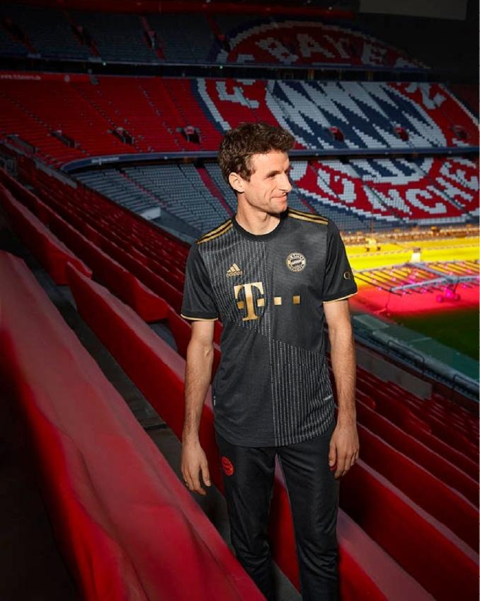 Segunda equipación Bayern de Munich 2021-2022